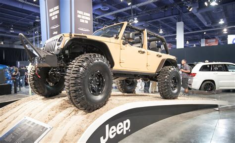 sand jeep for car and driver