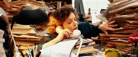 secr騁aire sous le bureau ce que votre bureau dit de vous