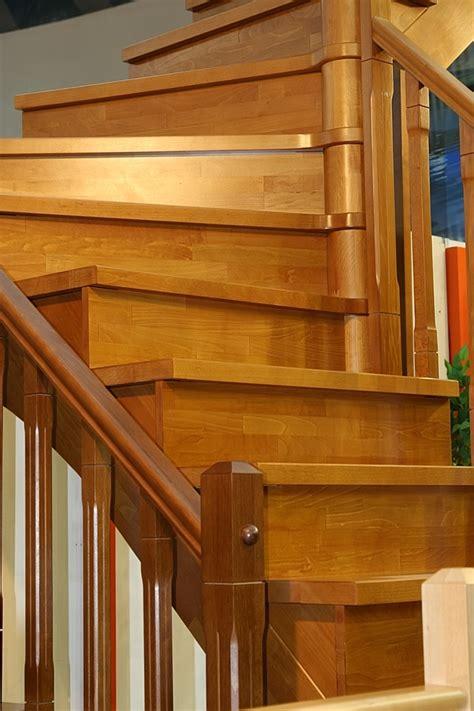 rivestimenti per legno rivestimenti per scale in legno gradini pianerottoli