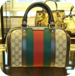 At florence warehouse prada messenger handbags 2016 9 2 14 50 10