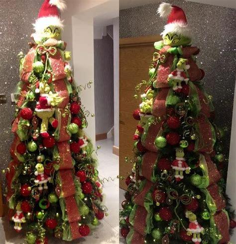 googlefsg 2012 christmas center piece cemterpiece formby family s grinch tree is sensation southport visiter