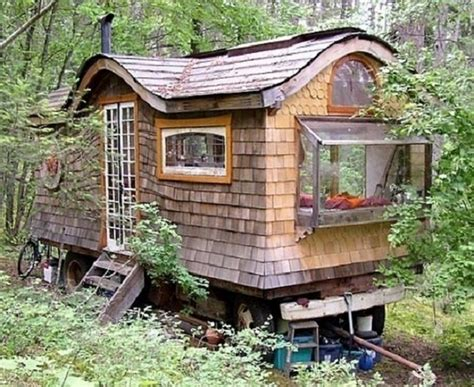 amazing tiny homes amazing tiny homes on wheels house hunting