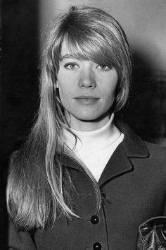 françoise hardy only friends fran 231 oise hardy took a similar photo of similar looking