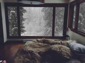 Indie Rugs A Cozy Bed On A Snowy Day Gifs