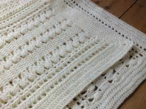 you have to see soft cream zigzag crochet baby blanket by