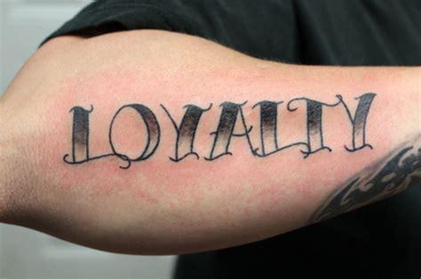 tattoo lettering loyalty rayzortattoos3 s tattoo 11 tattoo picture at