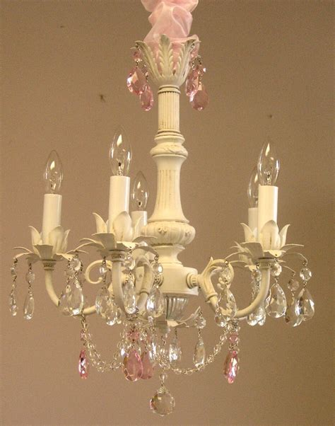 Cia Chandelier 17 Best Images About Chandeliers On Lace And Vintage Decor