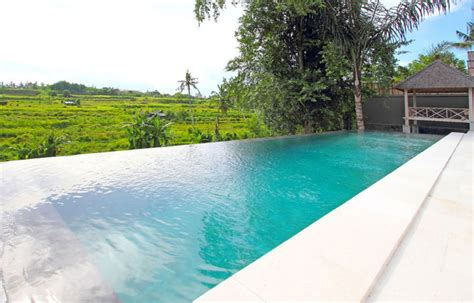 infinity pools bali 8 airbnb bali villas with gorgeous infinity pools for