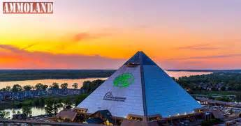 Bass pro shops at the pyramid celebrates its iconic grand opening