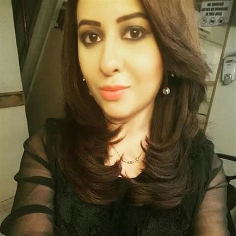 rabia anum biography, wedding, family, height, age, family
