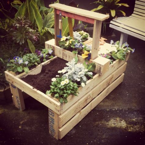 garden tool bench 17 best images about my craft on pinterest blackboard paint cheese boxes and john