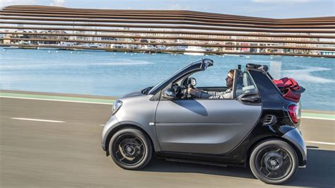 mercedes smart car reviews 2017 smart fortwo review and road test with horsepower