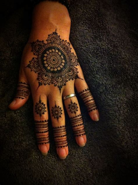 henna inspired tattoos on hand 1000 ideas about henna inspired tattoos on