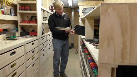 building  mobile woodshop part   cool pull  shelf