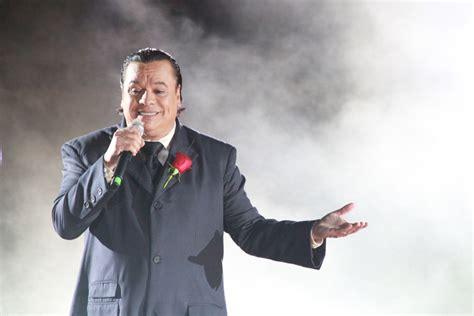 cantante muere en mexico junio 2016 muere cantante juan gabriel tras sufrir un infarto en