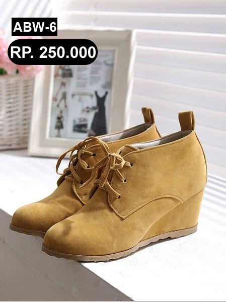 Sandal New Kickers Pria Kulit Asli Murah T2709 jual sepatu wanita sandal cewek murah newhairstylesformen2014