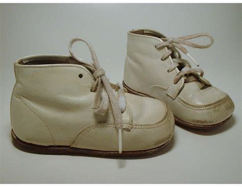 vintage baby shoes by buster brown sale