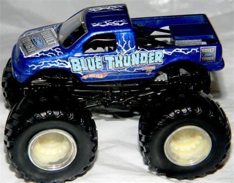monster jam diecast trucks wheels monster jam gun slinger 44 70 1 64 diecast