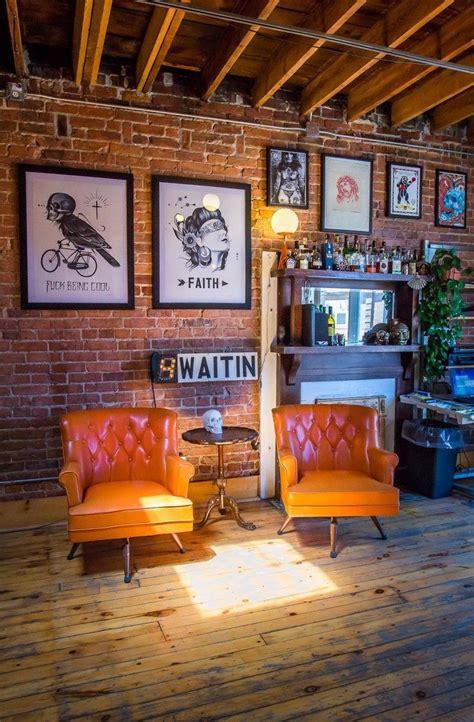 da kandy shop tattoo studio 25 best ideas about rustic wallpaper on wood