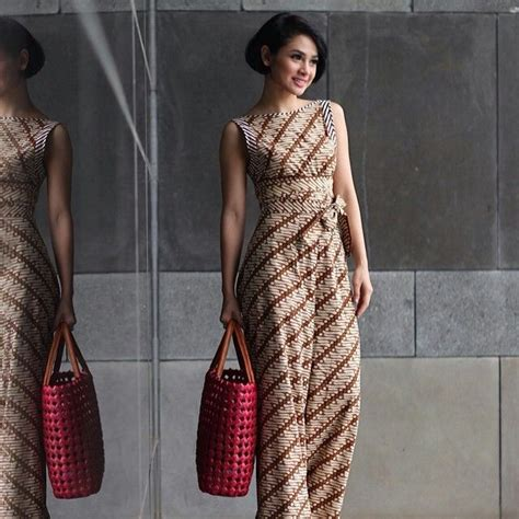 dress batik terusan  desain  lengan