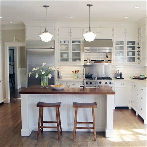 Cottage Style Kitchen Island Beadboard Kitchen Cabinets Cottage Kitchen Summer