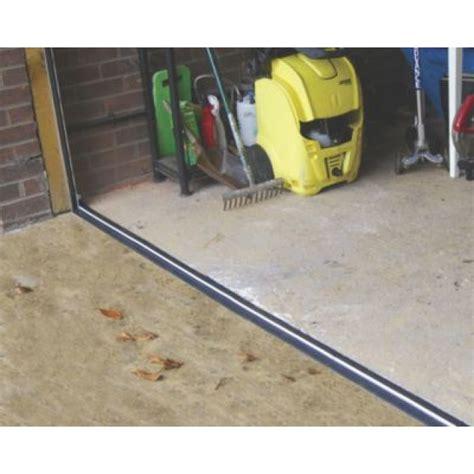 Garage Door Threshold R Stormguard Garage Threshold Seal Black 2 5m Screwfix Ie