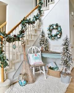 Tree Branch Banister 38 Cozy And Inviting Winter Entryway D 233 Cor Ideas Digsdigs