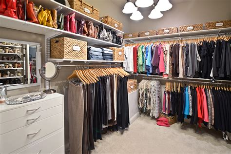 Organized Living Closets by Get In Of Your Closet Using Adjustable Storage