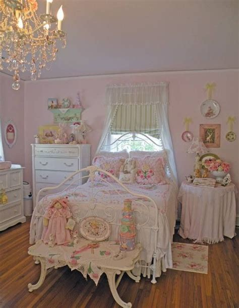 out of this world bedroom d 233 cor terrys fabrics s blog 28 pink bedrooms antique white sportprojections com