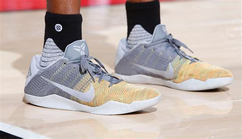 andre iguodala shoes for curry kd and the warriors it s gotta be the shoes