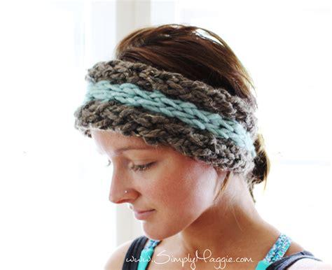 Ear Warmer diy 15 minute finger knit ear warmer simplymaggie