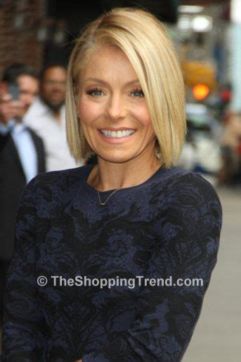 kelly ripa grey hair 17 best ideas about kelly ripa haircut on pinterest