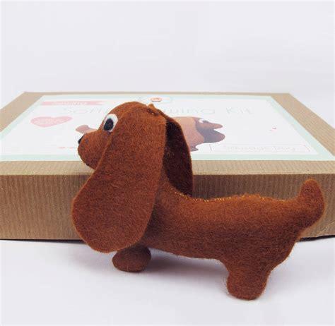 sausage dog sewing kit  sarah hurley