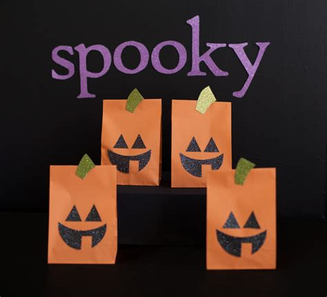 printable halloween bag decorations 8 best images of printable halloween paper decor easy