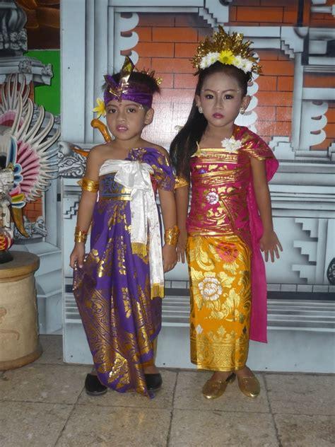 Baju Adat Nusantara Anak baju adat bali untuk pria hairstylegalleries