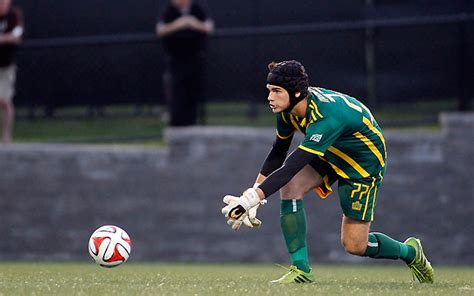 philadelphia union snap up keeper ahead of 2015 season