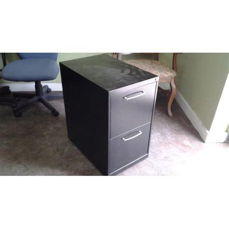 black rolling 2 drawer locking file cabinet 15 x 23 x