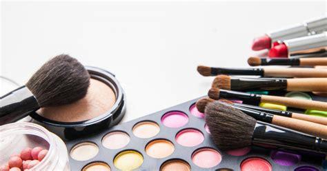 Eyeshadow Merk Lokal 7 make up lokal ini tak kalah dengan merk make up yang