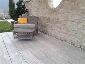 platten für terrasse chestha terrasse naturstein idee