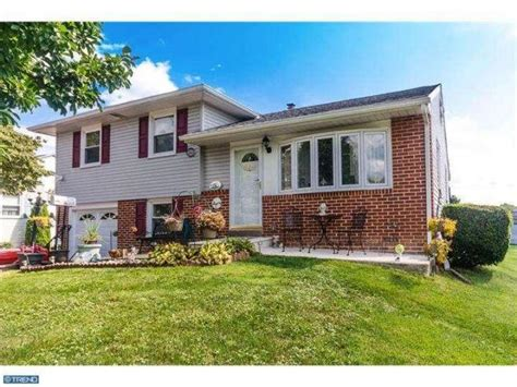 415 portland dr broomall pa 19008 home for sale delaware