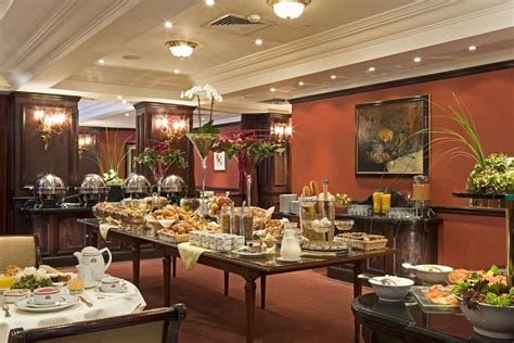 Hotel Royal Windsor Hotel Grand Place Full American Grand American Buffet