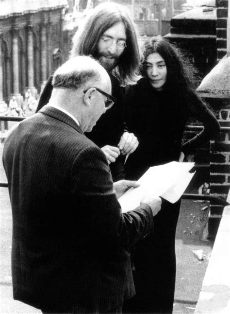 john lennon and yoko ono biography john lennon changes his middle name to ono 22 april 1969
