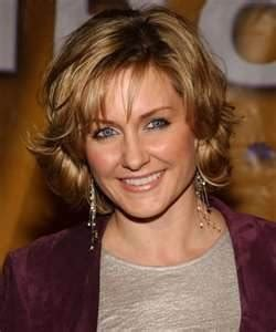 linda reagan blue bloods short hair 24 best images about amy carlson on pinterest celebrity
