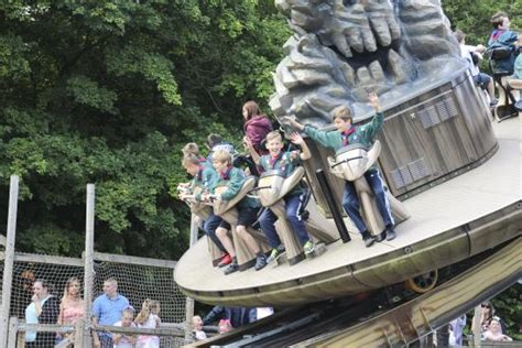 theme park hshire explore smugglers wharf picture of gulliver s world