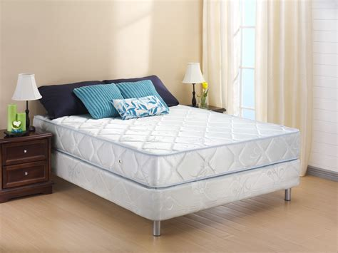 Bed With Mattress by Types Of Bed Mattresses