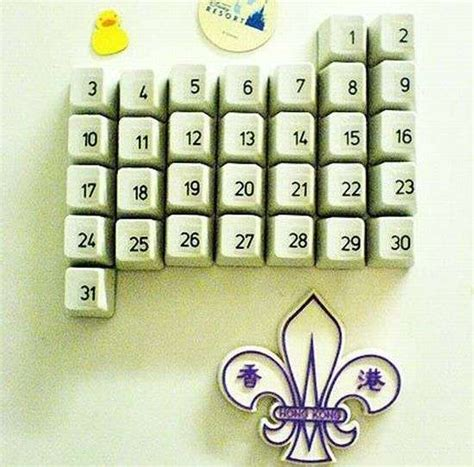 how to make a calendar on the computer upcycled computer calendars diy keyboard calendar