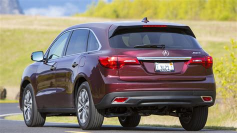 car maker rips acura mdx s design