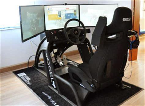 Auto Fahrsimulator by Fahrsimulatoren