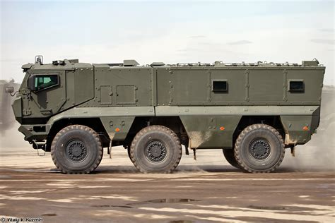 armored military vehicles armored truck army images
