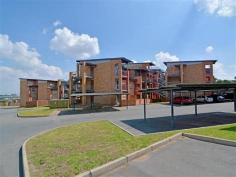 two bedroom to rent in midrand lovely 2 bedroom apartment to rent in halfwayhouse midrand